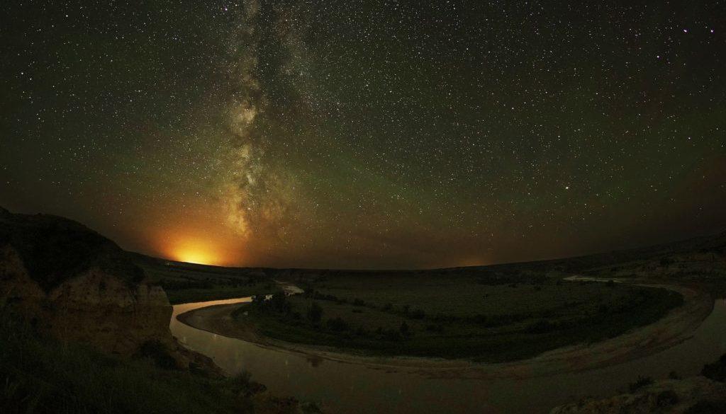 aurora-borealis-1738029_1920